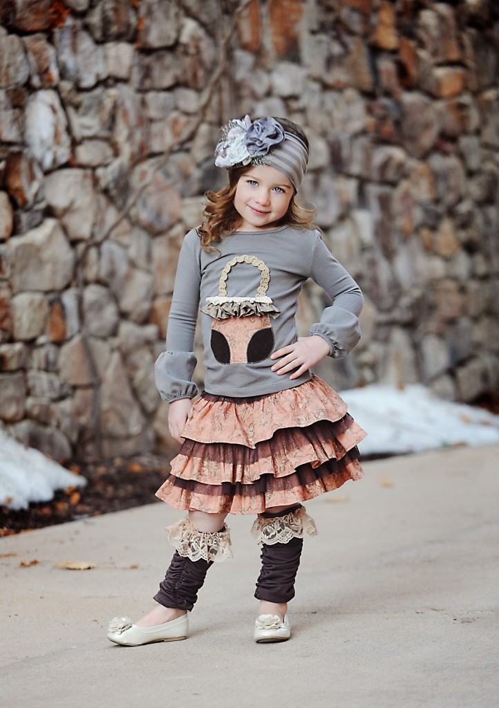 Purse-top-Susie-skirt-Lace-ruffle-leg-warmers-Gray-rosette-headband-722x1024